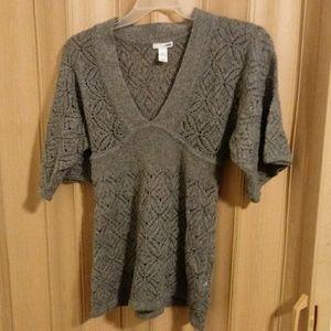 Gray H & M sweater